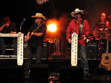 03 Bellamy Brothers & Gölä Tour 2010