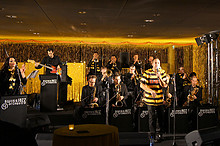 05 Yellow-Black Night im Stade de Suisse