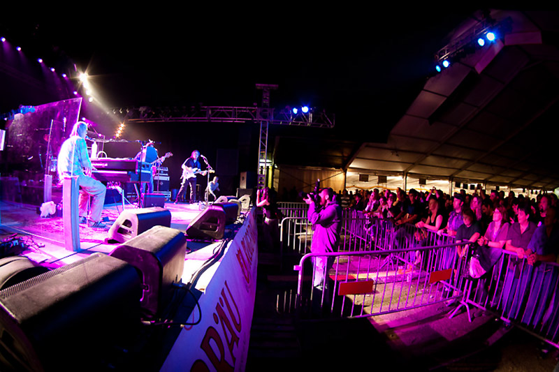 01 Brienzersee Rockfestival 2011 (Hanery Amman)
