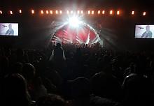10 Gölä - Die Stadion Show Arena Thun 2011