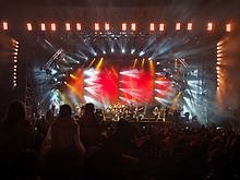 12 Gölä - Die Stadion Show Arena Thun 2011