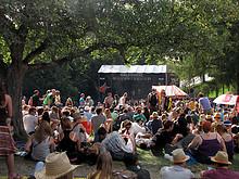 14 Gurtenfestival 2011 (Die Waldbühne - klein aber fein!)