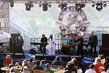 18 5. Schweizer Rock- & Bluescruise 2013