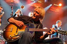 34 5. Schweizer Rock- & Bluescruise 2013