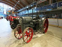 03 Red Power Tractor Show Düdingen 2013