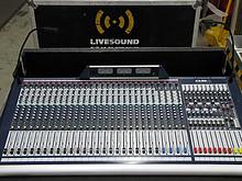 01 Soundcraft GB8