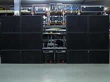 01 Turbosound TMS 3 Set (Teilsystem auf Bild)