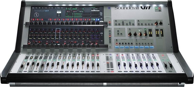 02 Soundcraft Vi1
